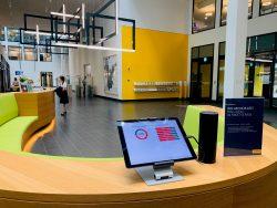 All'ingresso della sede principale della Posta, nell'area accoglienza, i collaboratori possono vedere in un colpo d'occhio il grado di occupazione dell'edificio e dei singoli piani in quel momento.