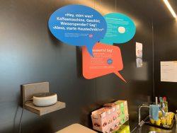 """""""Alexia"""" hilft weiter: Dank ihr und den Smart Buttons im """"Service on demand"""" gibt es weniger tägliche Service-Rundgänge. Einsparungen bis zu 30 Prozent der einstigen Kosten sind möglich."""