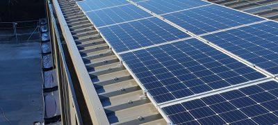 Postdächer produzieren immer mehr Solarstrom