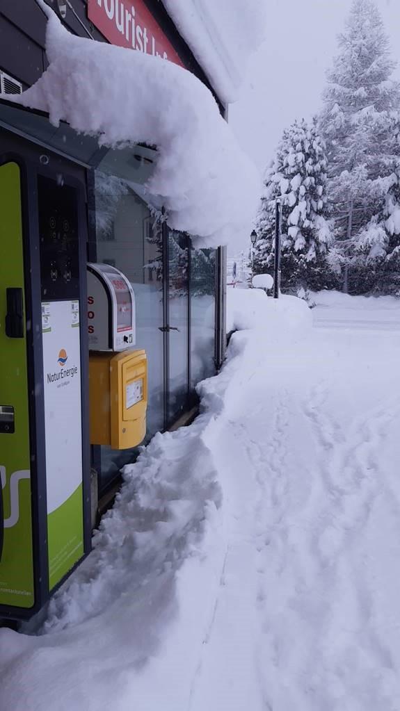 Viel, viel Schnee: Region Lötschberg